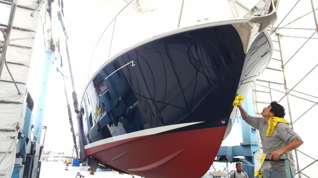 Polishing a yacht